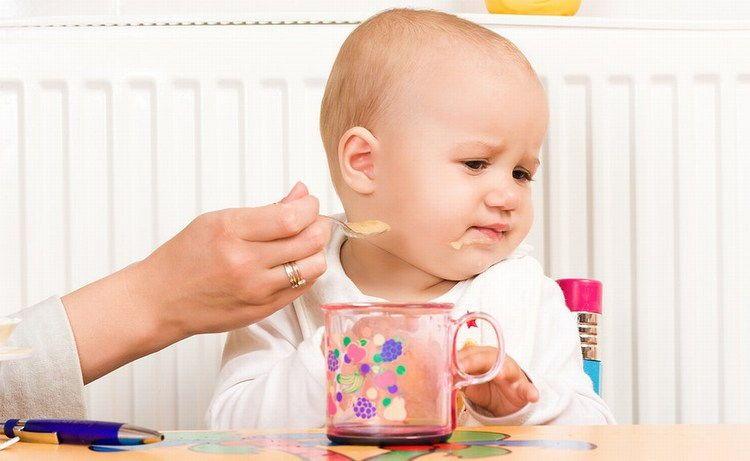 Bí quyết dành cho mẹ khi trẻ biếng ăn
